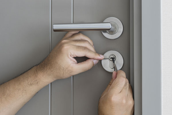 certified locksmith is worth it