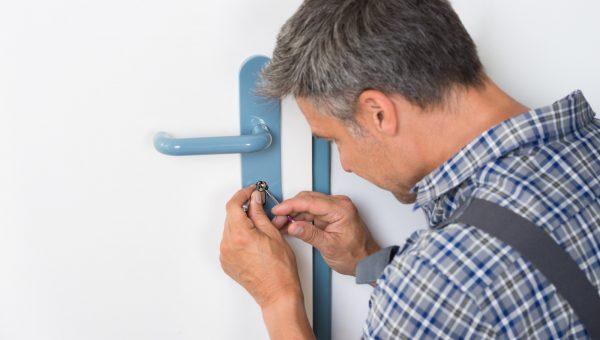 Lockpicker Fixing Door Handle At Home
