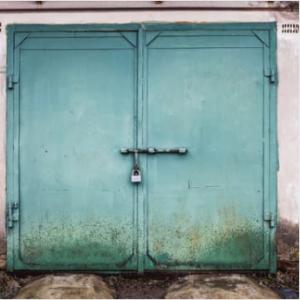 garage lock door